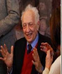 Festejan 80 años de Sergio Pitol, quien hace una fiesta de la literatura