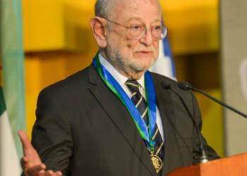 Recibe José Sarukhán Honoris causa de la Universidad Veracruzana