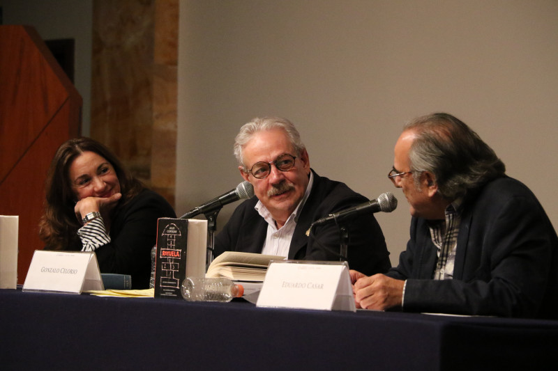 Rosa Beltrán, Gonzalo Celorio y Eduardo Casar.