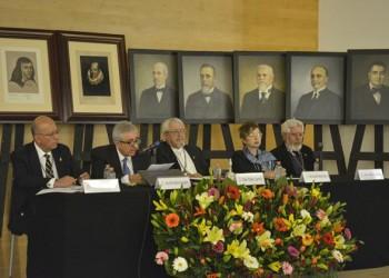 El análisis lingüístico de corpus orales, uno de los temas del académico don Pedro Martín Butragueño