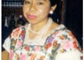 La escritora y poeta Briceida Cuevas Cob fue elegida académica correspondiente en Campeche