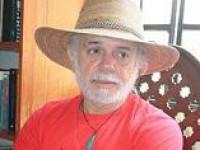 Condecoran al escritor y miembro correspondiente de la Academia Mexicana de la Lengua, don Ciprián Cabrera Jasso