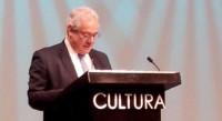 Entrega del Premio Mazatlán de Literatura a Gonzalo Celorio