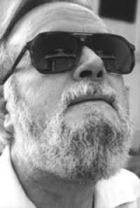 El poeta, profesor y escritor Hugo Gutiérrez Vega fue elegido académico de número