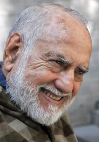 El poeta Óscar Oliva leerá hoy su discurso de ingreso como miembro correspondiente