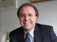 Don Pedro Álvarez de Miranda, catedrático de Lengua Española y miembro de la Real Academia Española publicó el artículo