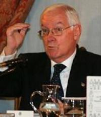 Don Víctor García de la Concha tomó posesión como director del Instituto Cervantes
