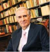 Don Diego Valadés, jurista y miembro de la Academia Mexicana de la Lengua, participó en el programa de televisión Entre 3
