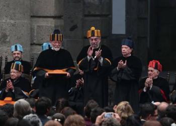 Jaime Labastida, director de la AML, recibe doctorado honoris causa, junto con Eduardo Matos Moctezuma y Víctor García de la Concha