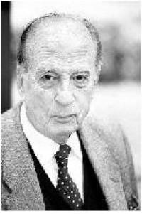 El historiador, sociólogo e investigador, don Pablo González Casanova, fue elegido académico honorario