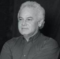 El profesor, poeta y escritor don Raúl Arístides Pérez Aguilar fue elegido académico correspodiente en Chetumal, Quintana Roo