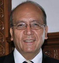 Vicente Quirarte dicta conferencia por 150 aniversario del Triunfo de la República
